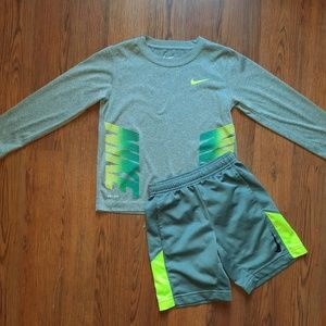Nwot boys size 6 Nike set